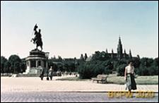 Heldenplatz, pomnik arcyksięcia Karola Ludwika, w głębi widoczny Nowy Ratusz, Wiedeń, Austria