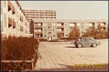 Osiedle mieszkaniowe Nygårdsparken, budynki mieszkalne trzykondygnacyjne, widok od strony podwórka, Kopenhaga, Dania