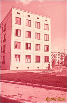 Osiedle Czeremuszki, elewacja boczna czterokondygnacyjnego budynku mieszkalnego, Moskwa, Rosja