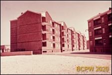 Osiedle mieszkaniowe INA-Casa, domy czterokondygnacyjne w zabudowie szeregowej, widok ogólny, Rzym, Włochy