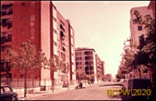 Osiedle mieszkaniowe INA-Casa, ulica w osiedlu, Rzym, Włochy
