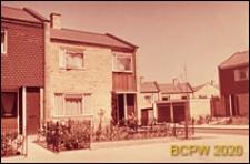 Osiedle LCC, zabudowa mieszkaniowa, fragment jednopiętrowego budynku mieszkalnego, Londyn, Wielka Brytania