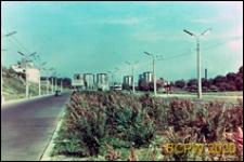 Aleja PKWN, obecnie ulica Głęboka, widok ogólny w stronę ulicy Nadbystrzyckiej na osiedle mieszkaniowe, Lublin