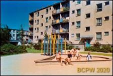 LSM, Osiedle Mickiewicza, blok i plac zabaw przy ul. Grażyny, Lublin