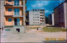 Osiedle mieszkaniowe, wnętrze międzyblokowe, Kraków-Nowa Huta