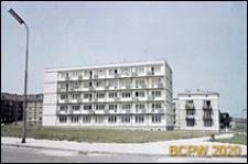 Budynki mieszkalne z pięcio i trzykondygnacyjną zabudową, widok ogólny osiedla, Tychy-Nowe Tychy