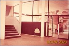 Miasteczko Uniwersyteckie, Pawilon Szwajcarski, wnętrze, hol, schody i drzwi wewnętrzne, Paryż, Francja