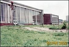 Wojewódzki Ośrodek Sportu, Turystyki i Wypoczynku przy ulicy Głowackiego, zbliżenie budynków od niezagospodarowanej strony, Olsztyn