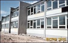 Szkoła podstawowa z placem budowy, Poznań