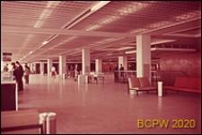 Port lotniczy Paryż-Orly, wnętrze hallu pierwszego piętra, widok ogólny, Francja