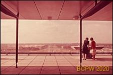 Port lotniczy Paryż-Orly, widok panoramiczny z tarasu widokowego w kierunku miasta, Francja