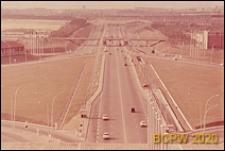 Port lotniczy Paryż-Orly, autostrada w kierunku miasta, widok panoramiczny z tarasu widokowego, Francja