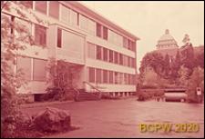 Uniwersytet Zuryski, Wydział Fizyki, fragment elewacji oraz wejście do budynku, Zurych, Szwajcaria