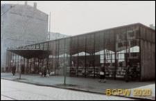 Pawilon samoobsługowy P.S.P. widok zewnętrzny od ulicy Bolesława Chrobrego, Szczecin